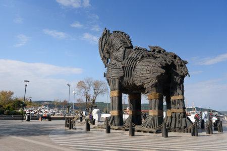 Canakkale, Turchia - 31 ottobre 2016: Cavallo di Troia Legno dal film Troy. È stato donato alla città di Canakkale Editoriali