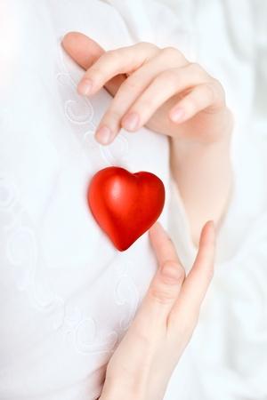 coeur sant�: Image du coeur de magasin de mains