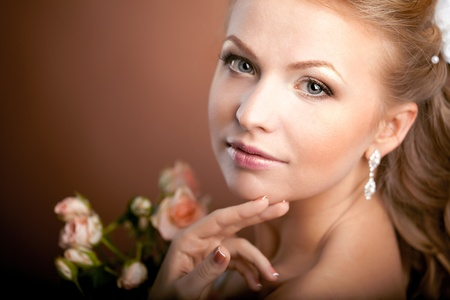 Image of luxury bride with wedding hairstyle Stock Photo - 10705137