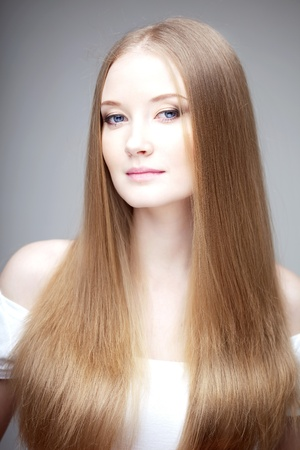 The image of a woman with luxurious hair Stock Photo - 10705155