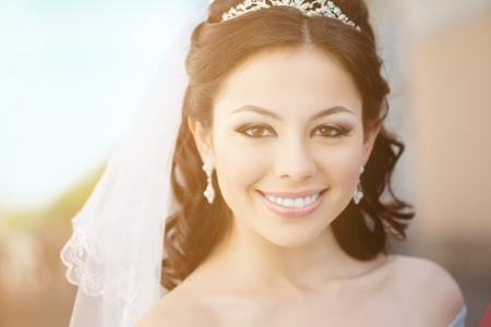 bridal makeup: Bride with long hair outdoor