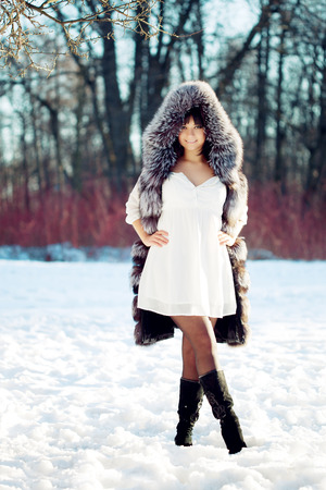 cool girl: Young beauty woman winter portrait.