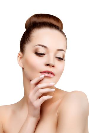 beauty eyes: Beautiful model woman in beauty salon makeup