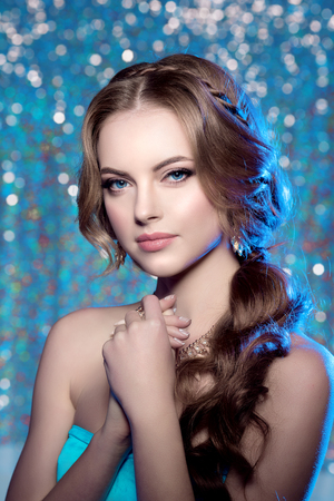gorgeous woman: Winter woman model gorgeous beauty makeup stylish hairstyle.
