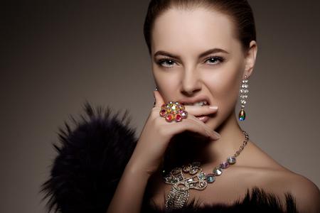 donna ricca: -Alta moda modello Archivio Fotografico