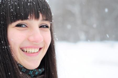若い女性の冬の肖像クローズ アップ 写真素材