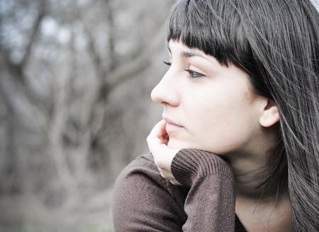 pensativo: Retrato de uma mulher triste