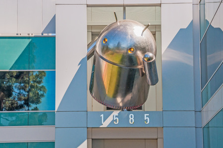 MOUNTAIN VIEW, CA - MAY 19, 2013  Large-sized Android icon at the top of a Google