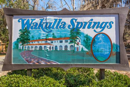 tallahassee: WAKULLA SPRINGS, FLORIDA - JANUARY 16, 2015 : Edward Ball Wakulla Springs entrance sign.  This florida state park is located south of Tallahassee, Florida. Editorial