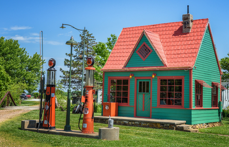 artifacts: CARTHAGE, MISSOURI, USA - MAY 11, 2016 : Restored vintage Phillips 66 Gas Station located at Red Oak II, a village of relocated and restored buildings and other artifacts near historic Route 66.