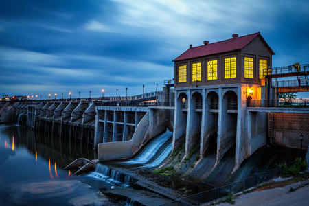 oklahoma: Lake Overholser Dam in Oklahoma City after sunset. It was built in 1918 to impound water from the North Canadian river. Long exposure. Stock Photo