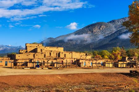 Oude woningen van Taos Pueblo, New Mexico
