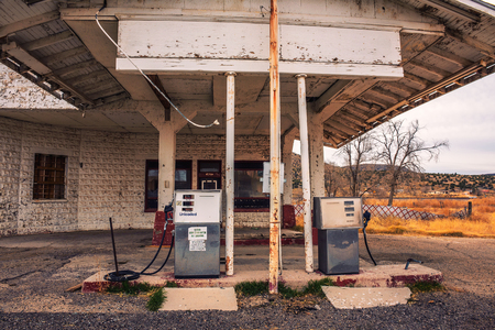Abandoned gas station on historic Route 66 in Arizona Stock fotó