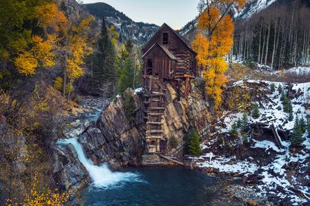 Centrale électrique en bois historique appelée Crystal Mill dans le Colorado Banque d'images