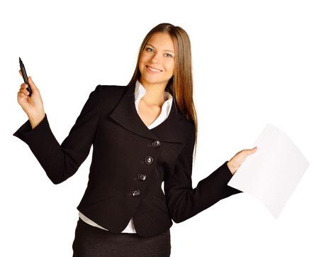 papier vierge: bureau fille tenant un stylo et du papier vierge Banque d'images