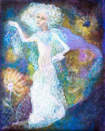 White fairy vrouw geest in lichte jurk op abstracte kleurrijke magische achtergrond, gedetailleerd multicolor schilderen, abstract patroon