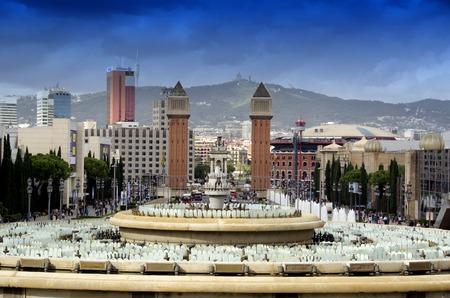 espanya: View on Plazza Espanya from Muntjuic park Editorial