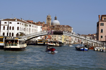 rialto: Rialto bridge at Grand Channel in Venice