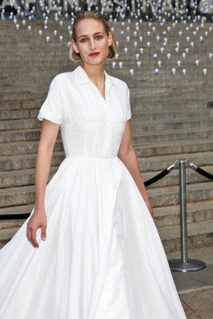sobieski: NEW YORK - APRIL 17: Actress Leelee Sobieski  attend the Vanity Fair Party during the Tribeca Film Festival April 17, 2012 in New York.