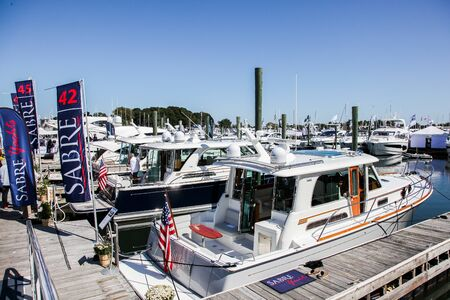 NORWALK, CT, USA - SEPTEMBER 19, 2019:  Progressive Norwalk Boat Show day 1 From September 19-22, 2019. 報道画像