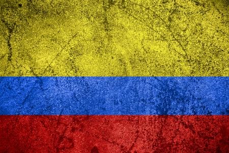 bandera de colombia: bandera de Colombia o la bandera colombiana en el fondo de metal bruto
