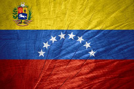 venezuela flag: Bandera de Venezuela o la bandera venezolana en textura de madera