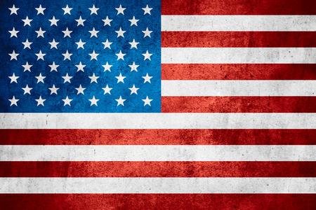 Vereinigte Staaten von Amerika Flagge oder amerikanischen Banner auf rauen Muster Textur Hintergrund Standard-Bild - 39556920