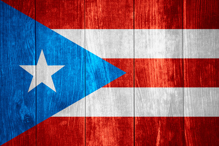 bandera de puerto rico: bandera de Puerto Rico o Puerto Rico bandera en el fondo de madera