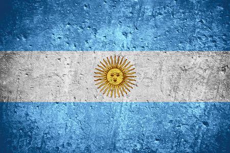 Argentinien-Flagge oder argentinische Flagge auf verkratzter rauer Beschaffenheit Standard-Bild - 85334526