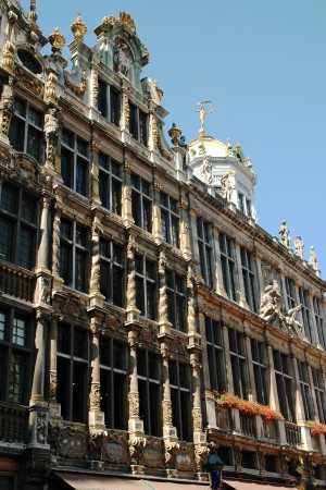 devanture: La belle fa�ade de la maison sur la place de la Grand-Place � Bruxelles, Belgique