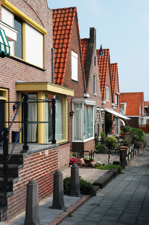 volendam: Coloured houses in the fishing village of Volendam in Holland