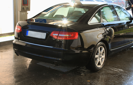 pressured: car washing cleaning with hi pressured water