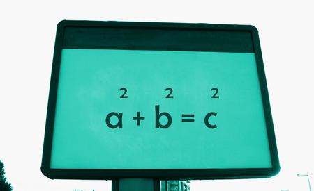 teorema: teorema de Pitágoras s en una cartelera Foto de archivo