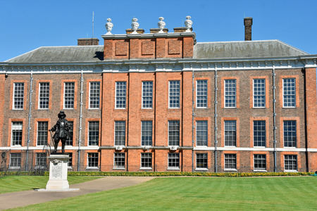Statue in front of Kensington palace in London