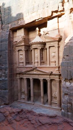 The Nabatean mausoleum Al-Khazneh or The Treasure located in heart of Prehistoric Rock Carved City of Petra, Wonder of The World, Jordan Stok Fotoğraf