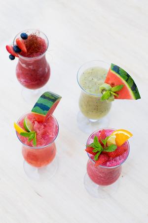 Fresh summer smoothie drinks Stok Fotoğraf - 60131138