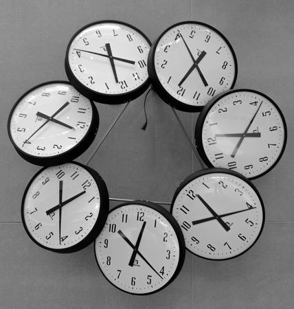 시간의 의미를 상징하는 것은 끝이 없다. 스톡 콘텐츠