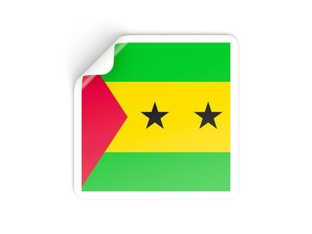 principe: Etiqueta cuadrada con la bandera de Santo Tom� y Pr�ncipe aislado en blanco