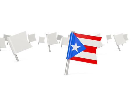 bandera de puerto rico: Perno cuadrado con la bandera de Puerto Rico aislado en blanco Foto de archivo