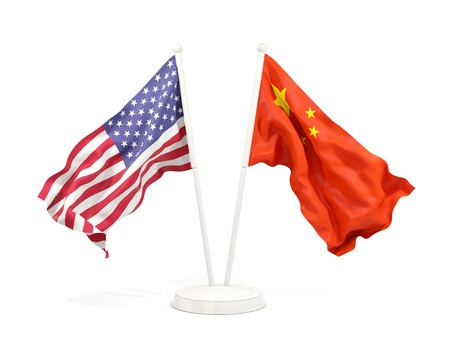 Two waving flags of United States and china isolated on white. 3D illustration 免版税图像