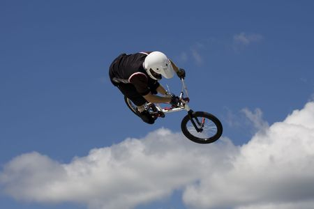 Bmx biker performing in the Maximum Velocity show at Long Island NY Reklamní fotografie - 3470029