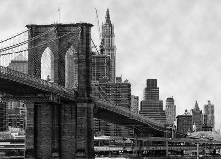 manhattan bridge: Brooklyn Bridge New York and East River