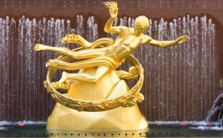 Rockefeller Center Estatua de Prometeo Manhattan Nueva York Editorial