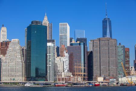 17: Manhattan-Pier 17
