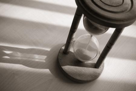 reloj de arena: concepto de tiempo de reloj de arena con la vendimia