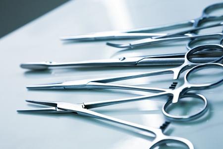 medical clamp instruments on table Standard-Bild