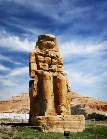 valley of the temples: The Colossi of Memnon, Valley of Kings, Luxor, Egypt Stock Photo