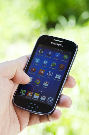 samsung galaxy: Samsung Galaxy Trend showing applications Instagram, Facebook, Google, Skype, Twitter, YouTube etc