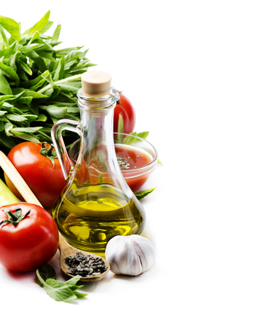 oil, olive, food, cooking, tomato, garlic, italian, background, white, pasta, ingredient, pepper, bottle, herbs, vegetable, basil, dinner, eating, spices, green, paprika, cuisine, mediterranean, restaurant, copyspace, recipe, menu, vegetarian, meal, lunch Banco de Imagens - 44562057