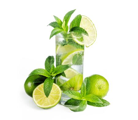 Mojito cocktail with ice isolated over white background. Fresh mohito drink with lime and mint. Happy hour and beverage menu design. Banco de Imagens